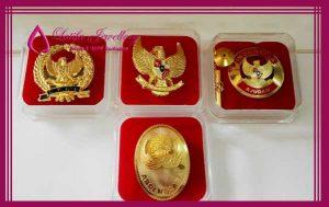 pembuatan pin emas logo garuda pancasila dprd emas perak asli cincin logo bikin buat logo perusahaan cincin