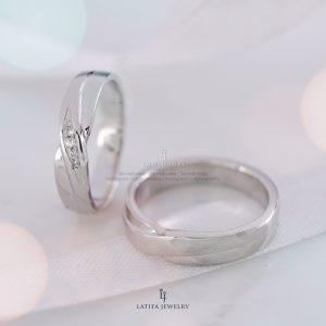 toko cincin nikah Solo Bontang Surabaya Cincin kawin Cincin tunangan Cincin couple custom Cincin emas perak palladium platinum Solo Bontang Surabaya murah (106)