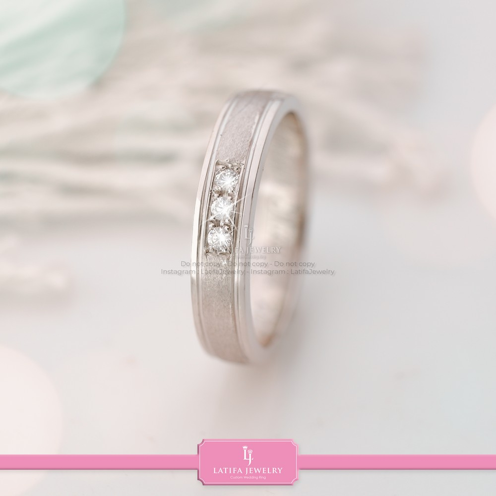 toko cincin nikah Solo Bontang Surabaya Cincin kawin Cincin tunangan Cincin couple custom Cincin emas perak palladium platinum Solo Bontang Surabaya murah (72)