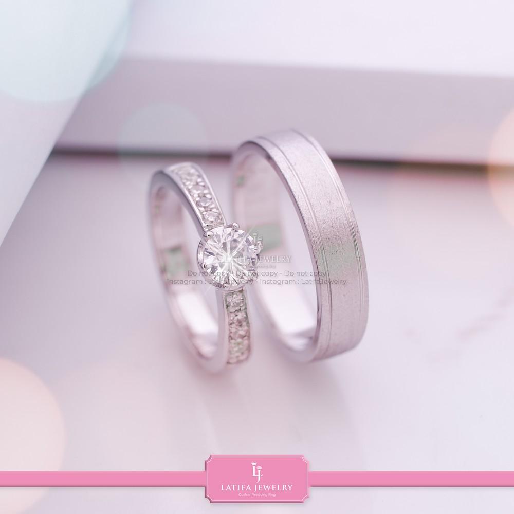 toko cincin nikah Solo Bontang Surabaya Cincin kawin Cincin tunangan Cincin couple custom Cincin emas perak palladium platinum Solo Bontang Surabaya murah (81)
